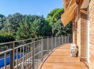 canet-mar-36012-balcon1